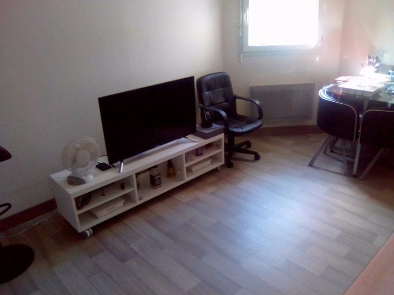 Rental apartment Horgues 350€ CC - Picture 2