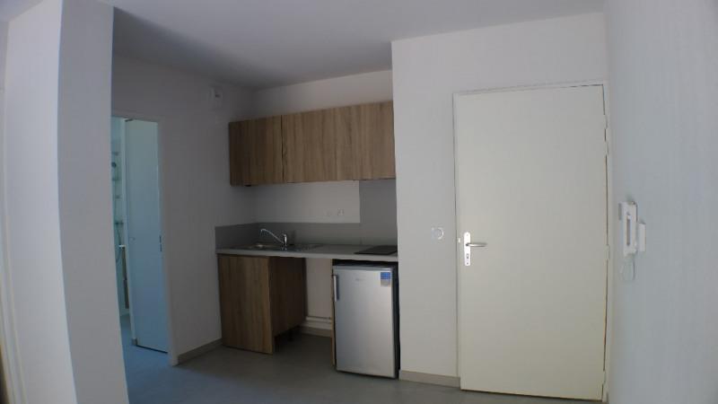 Locação apartamento Londe les maures 619€ CC - Fotografia 1