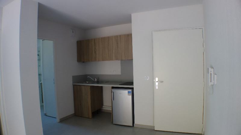 Verhuren  appartement Londe les maures 661€ CC - Foto 1