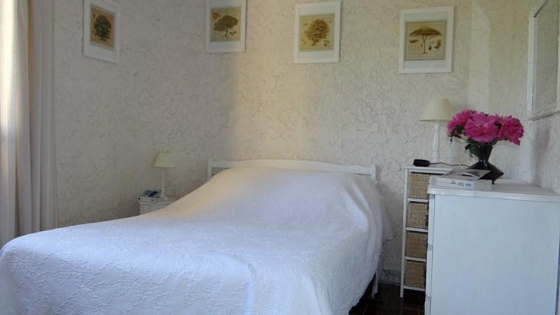 Vacation rental apartment Cavalaire sur mer 1 000€ - Picture 15