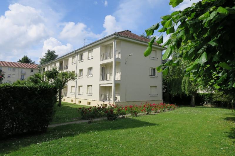Sale apartment Vaucresson 294000€ - Picture 1