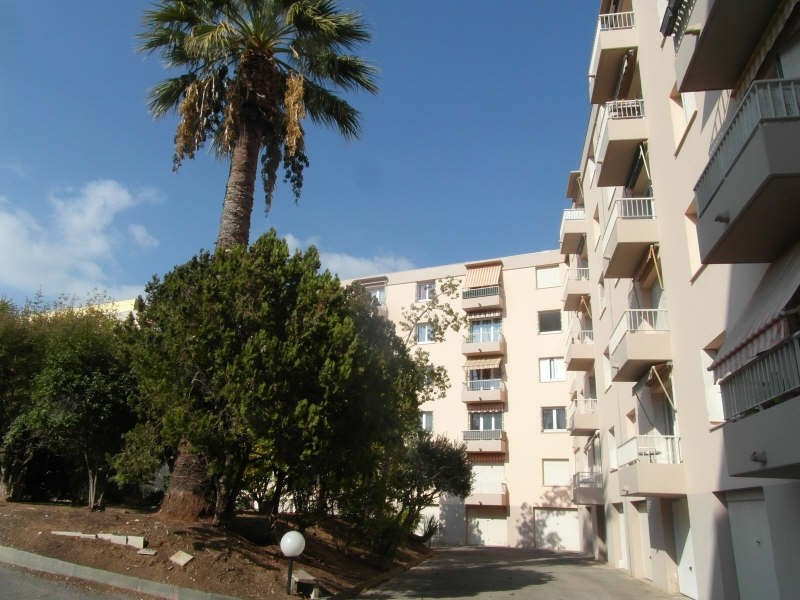 Vente appartement Hyeres 163 200€ - Photo 1