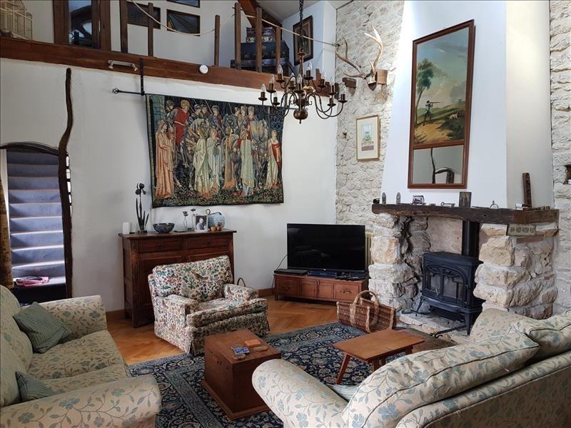 Deluxe sale house / villa Tournon d agenais 649950€ - Picture 2