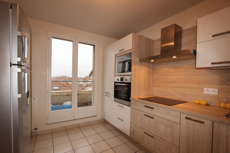 Vente appartement Romans-sur-isère 149 500€ - Photo 2