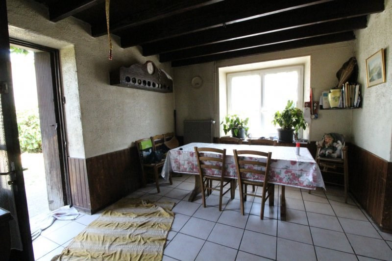 Vente maison / villa La tour du pin 139 000€ - Photo 4