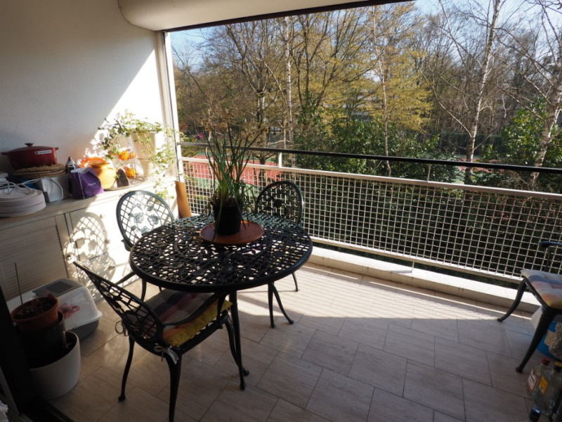 Sale apartment Vaux le penil 265 000€ - Picture 4