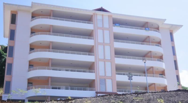 Locação apartamento Schoelcher 1145€ CC - Fotografia 3