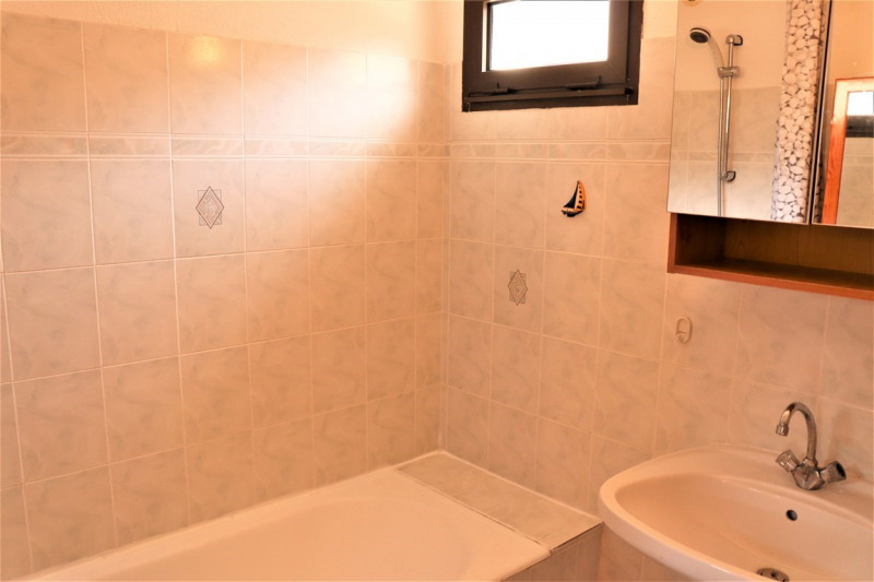 Location vacances appartement Cavalaire sur mer 420€ - Photo 5