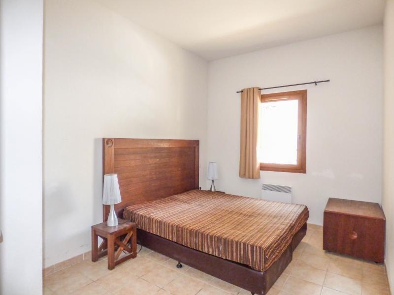 Verkoop  appartement Uzes 110000€ - Foto 3