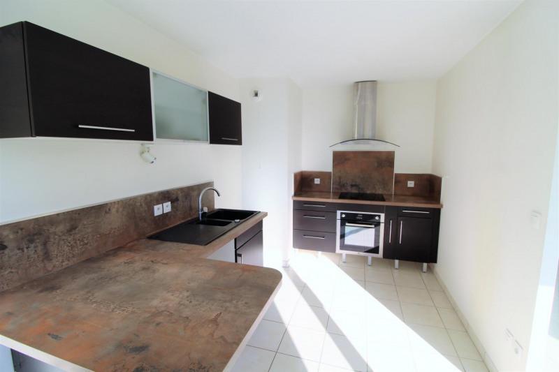 Rental apartment Voiron 840€ CC - Picture 3
