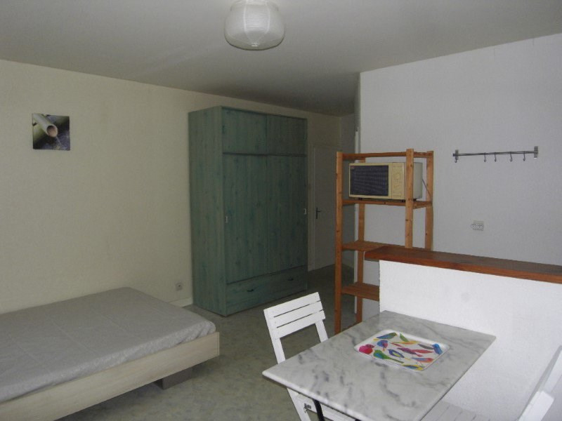 Rental apartment Cognac 337€ CC - Picture 3
