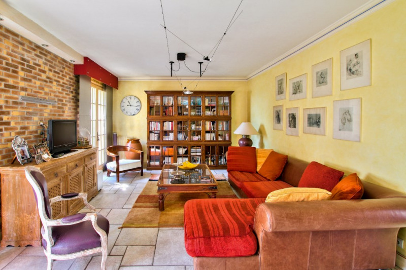 Deluxe sale house / villa Saint laurent du var 650 000€ - Picture 3