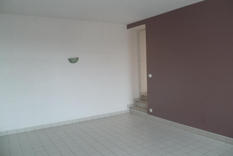 Location appartement Aire sur la lys 437€ CC - Photo 9