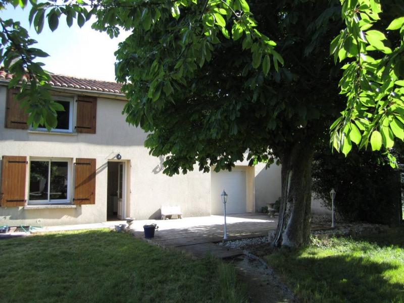 Sale house / villa Barbezieux-saint-hilaire 130000€ - Picture 1