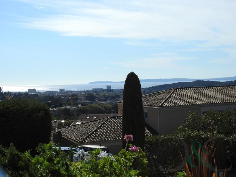 Deluxe sale apartment Bormes les mimosas 139 000€ - Picture 1