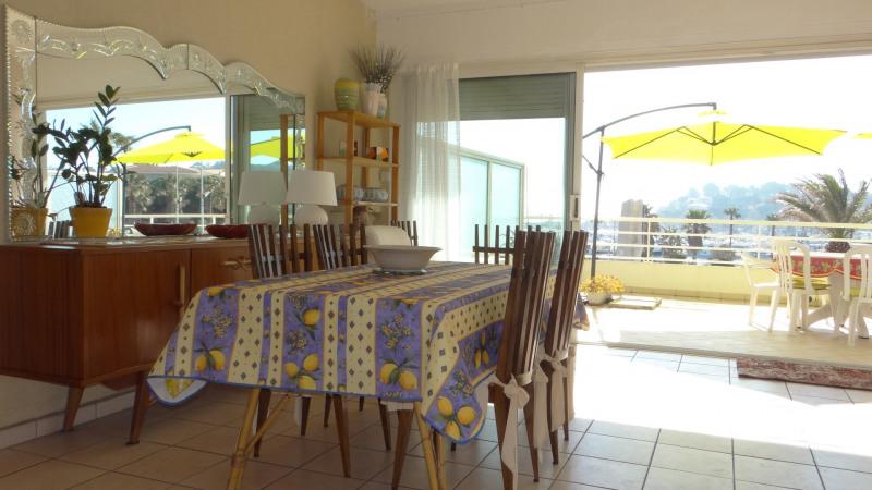 Vacation rental apartment Cavalaire sur mer 1300€ - Picture 6