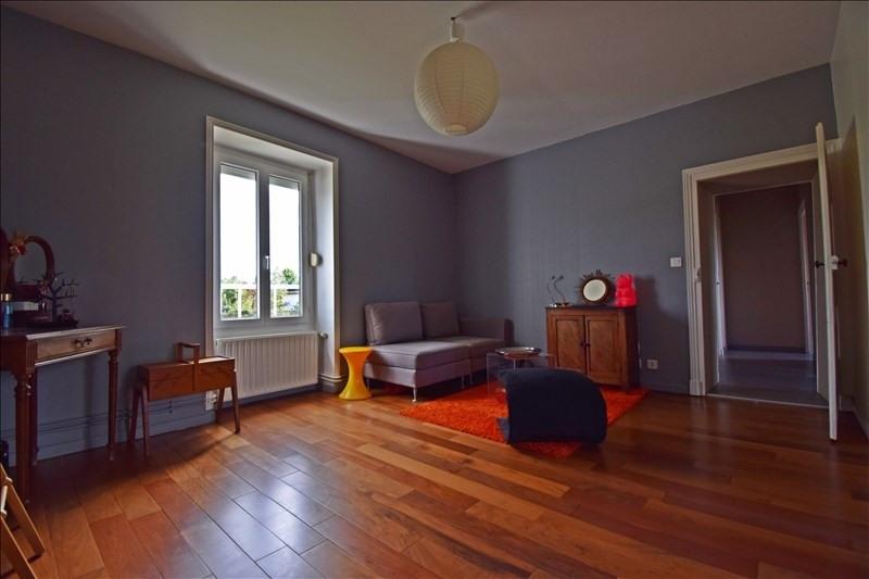 Sale house / villa Villerest 325000€ - Picture 8