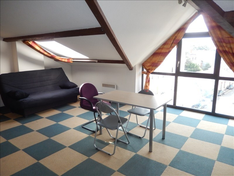 Location appartement Le puy en velay 256,79€ CC - Photo 1