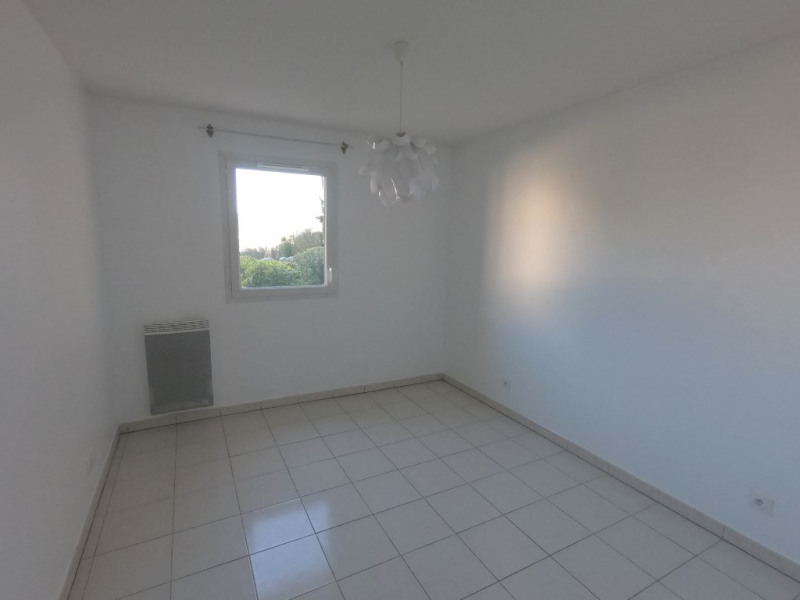 Location appartement Luynes 980€ CC - Photo 9