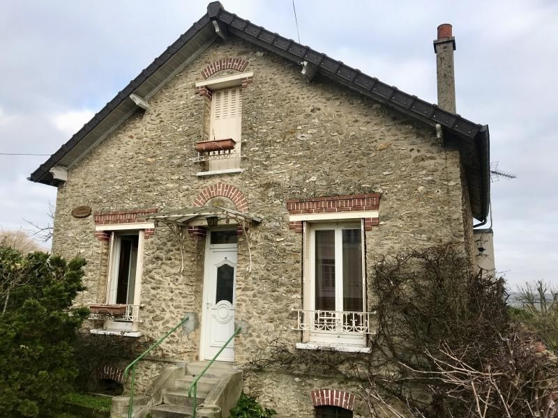 Sale house / villa Montfort l amaury 304 500€ - Picture 1