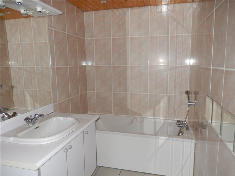 Rental apartment Le puy en velay 252,79€ CC - Picture 4