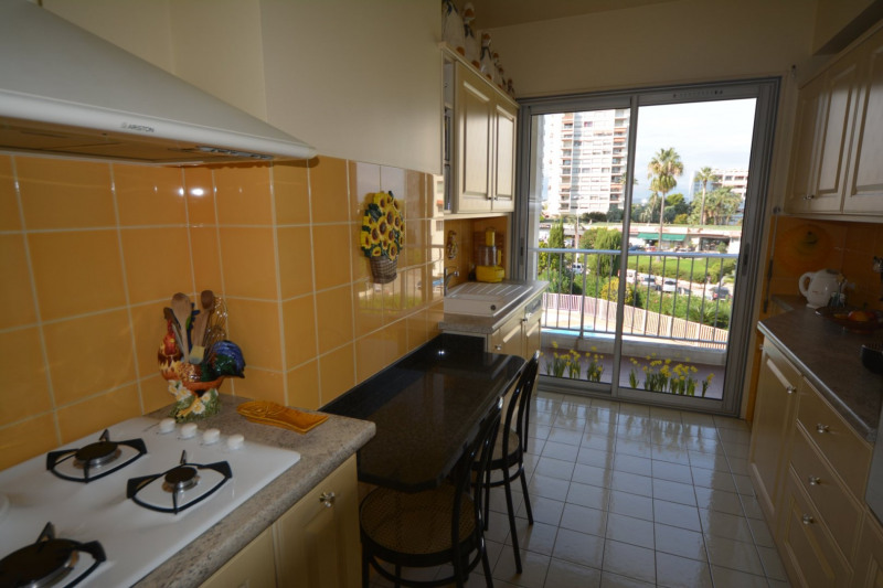 Sale apartment Antibes 375 000€ - Picture 7
