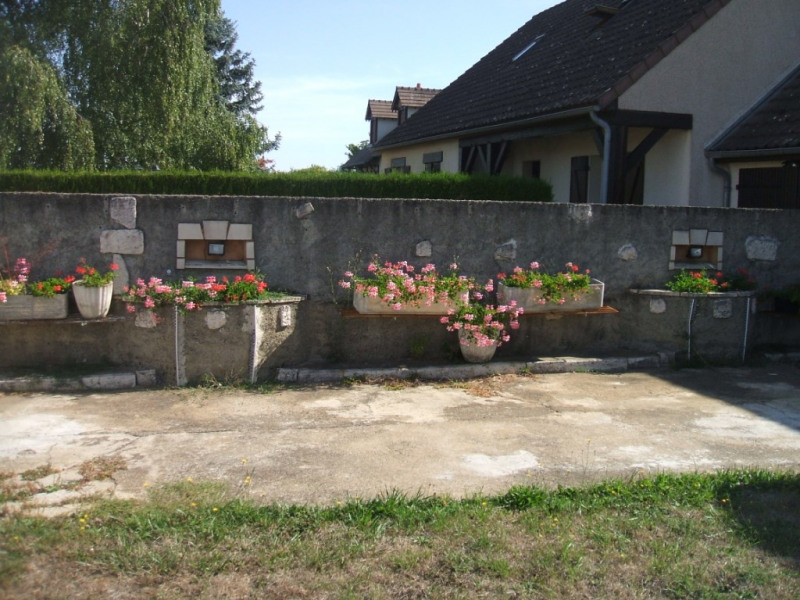 Sale house / villa Les roches l eveque 85 185€ - Picture 3