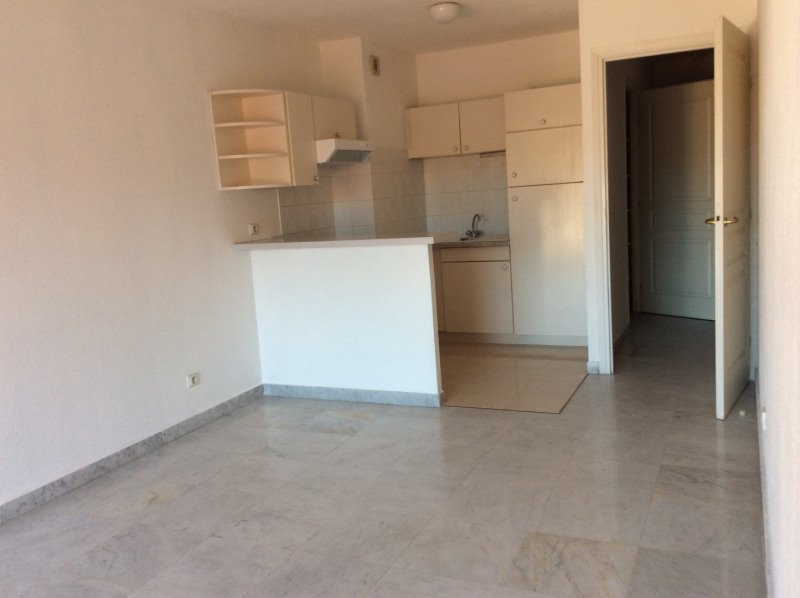 Location appartement Saint-raphaël 755€ CC - Photo 2