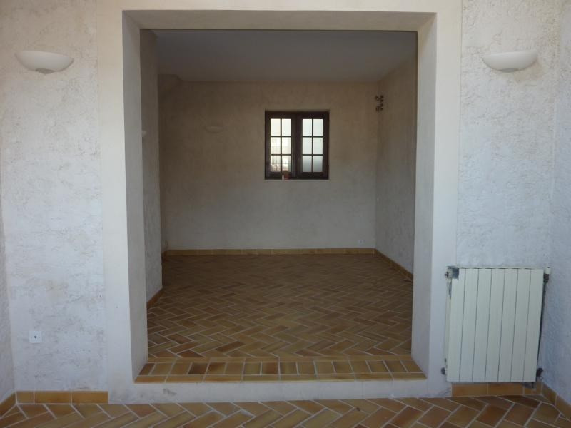 Rental house / villa Marseille 6ème 1 132€ CC - Picture 5
