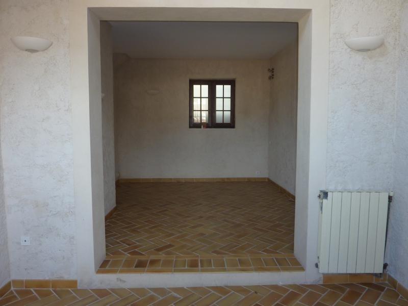 Location maison / villa Marseille 6ème 1132€ CC - Photo 5