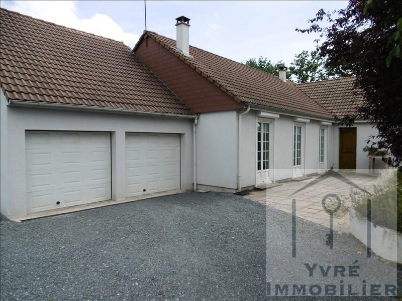 Sale house / villa Yvre l'eveque 239500€ - Picture 1