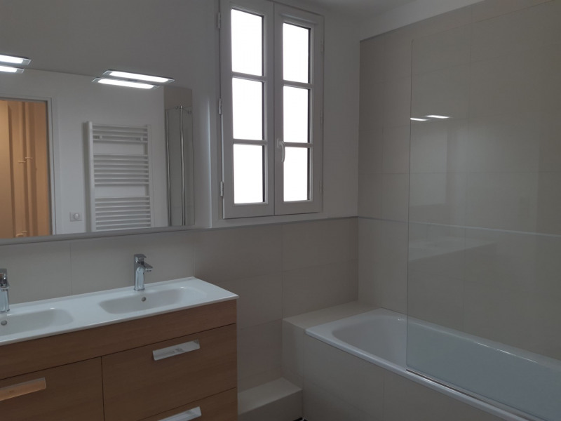 Location appartement Colombes 2 150€ CC - Photo 5