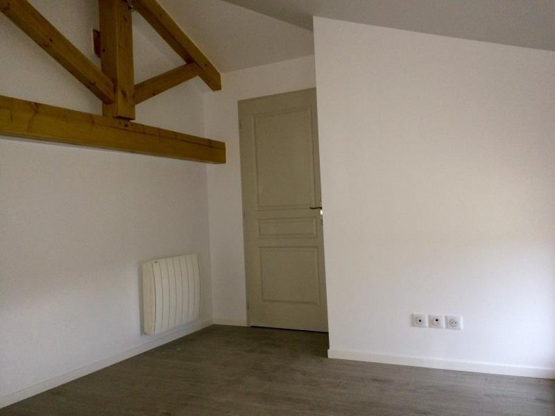 Rental house / villa Montseveroux 770€ CC - Picture 3