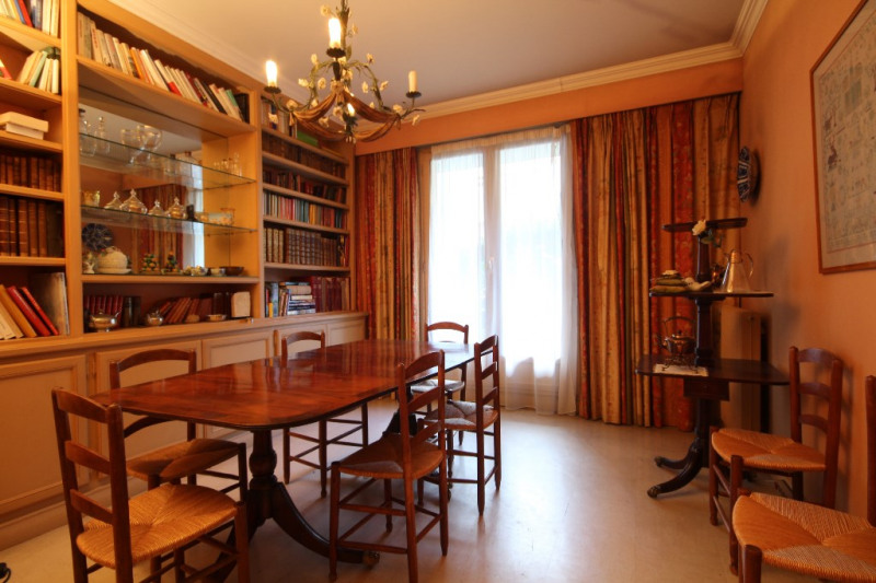 Deluxe sale apartment Saint germain en laye 1 120 000€ - Picture 3