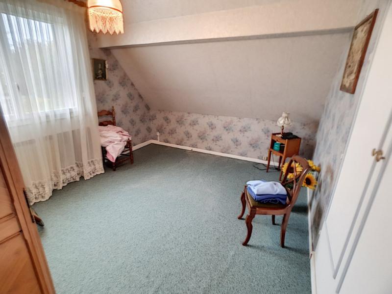 Sale house / villa Cesson 290000€ - Picture 9