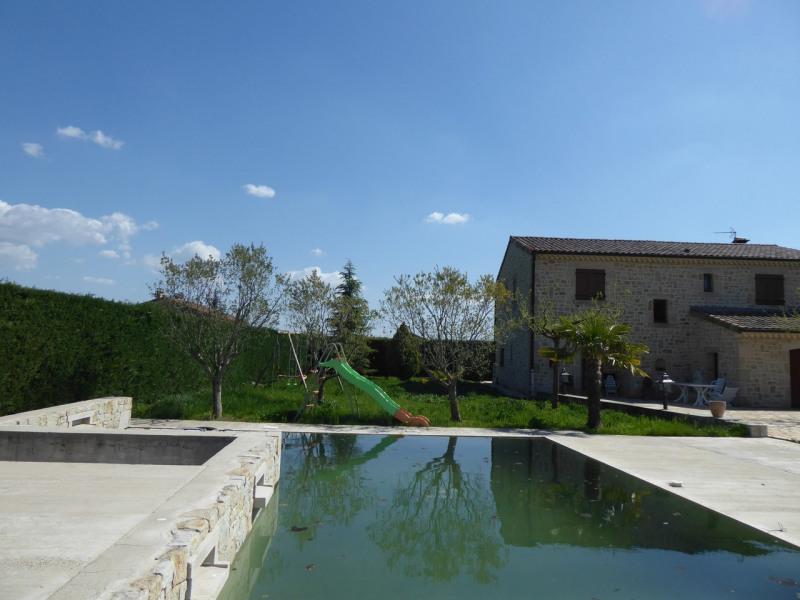 Vente de prestige maison / villa Saint-étienne-de-fontbellon 349000€ - Photo 8