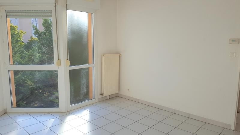 Rental apartment Dijon 530€ CC - Picture 2