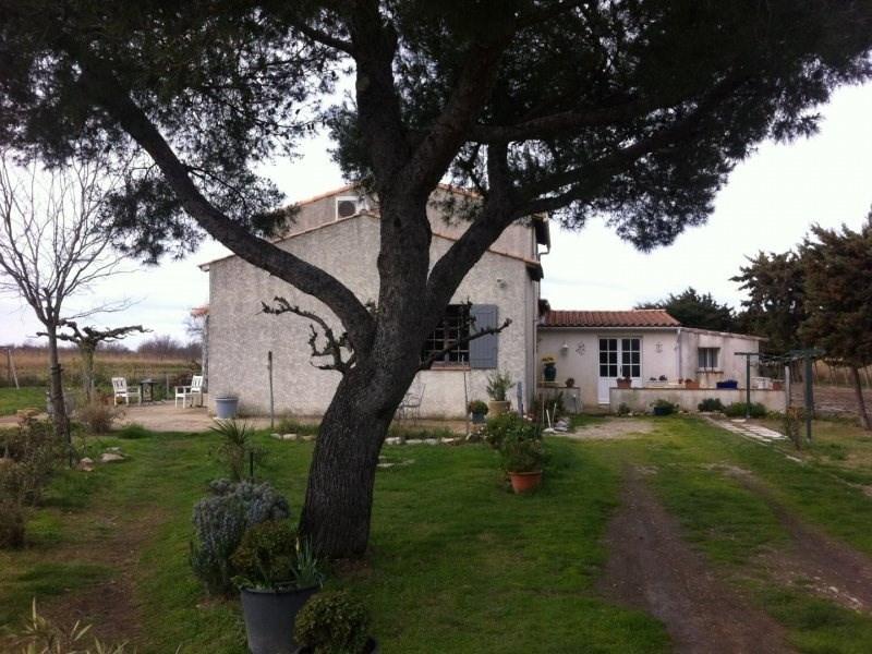 Sale house / villa Arles 450000€ - Picture 1