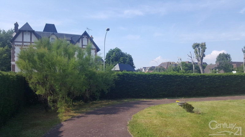 Revenda residencial de prestígio casa Tourgeville 572000€ - Fotografia 2