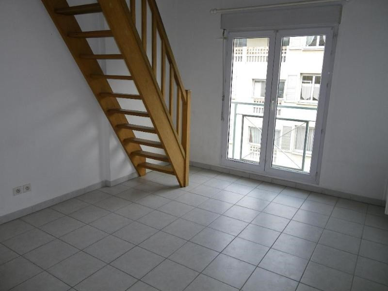 Location appartement Aix en provence 891€ CC - Photo 5