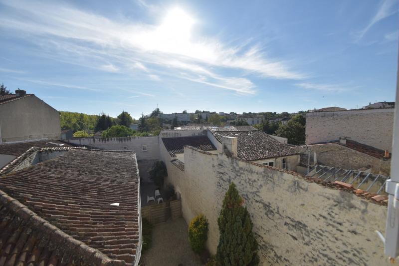 Location appartement Saintes 591€ CC - Photo 13