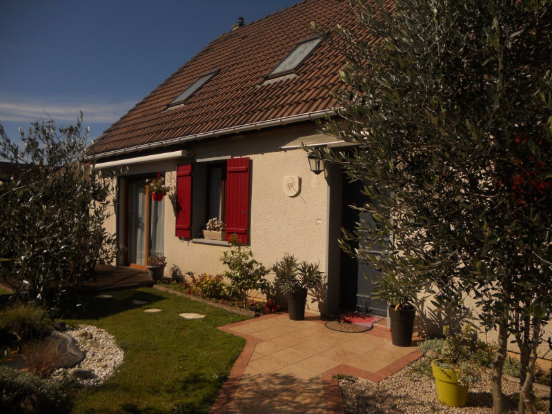 Sale house / villa Potigny 196900€ - Picture 2
