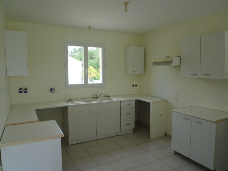 Rental house / villa Celles 680€ CC - Picture 3