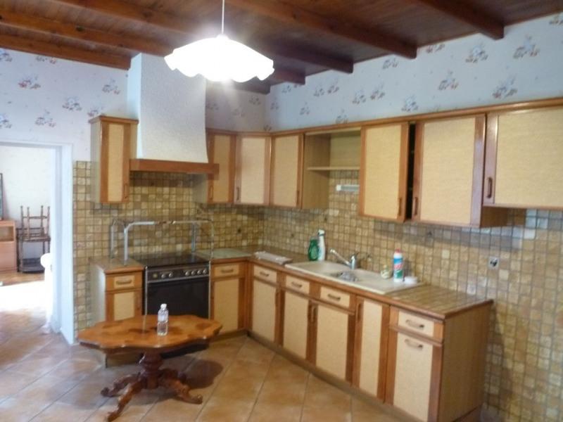 Sale house / villa Cherac 107000€ - Picture 2