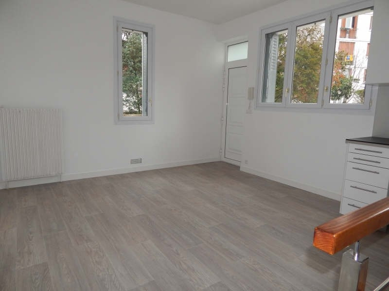 Rental apartment Colombes 900€ CC - Picture 2