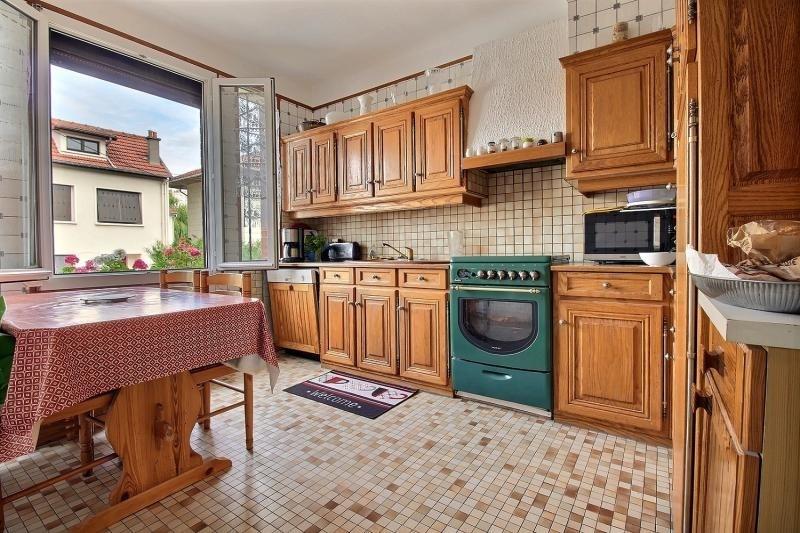 Sale house / villa Clamart 650000€ - Picture 7