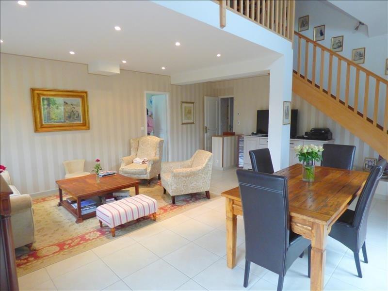 Sale house / villa Saint-martin-aux-chartrains 399500€ - Picture 2