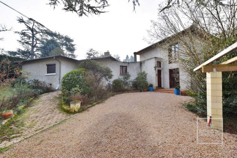 Deluxe sale house / villa Chasselay 750000€ - Picture 2