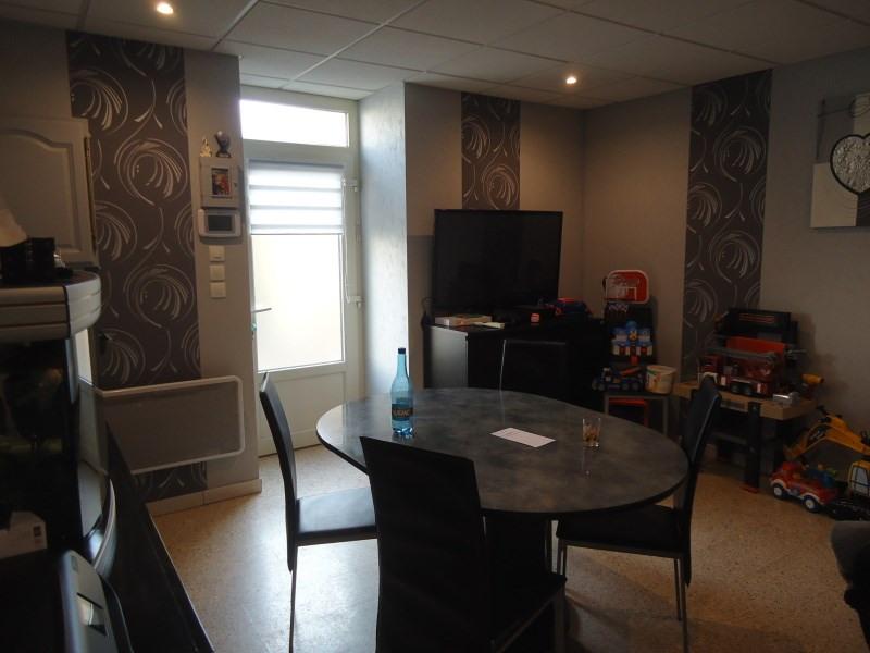Rental apartment Saint romain de jalionas 580€ CC - Picture 2