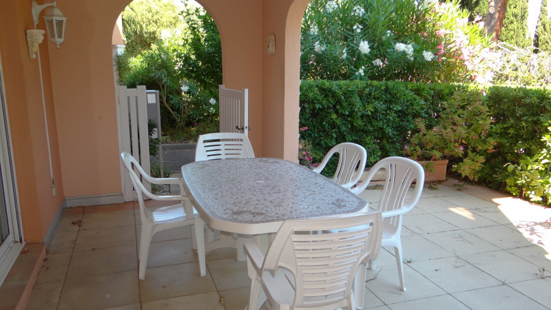 Vente appartement Cavalaire sur mer 429 000€ - Photo 2
